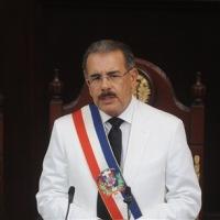 Medina nombra y juramenta al nuevo gabinete