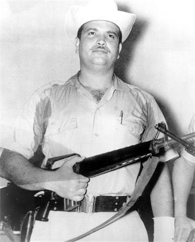 El coronel Francisco Caamaño Deñó00